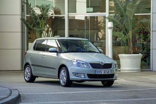 Skoda Fabia II Hatchback 1,2HTP (70KM) M5 FAMILY PLUS - model akcyjny 5d