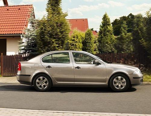 Skoda Octavia Tour Hatchback 1,6MPI (102KM) M5 5d
