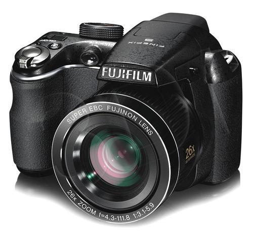 FUJI FinePix S3300