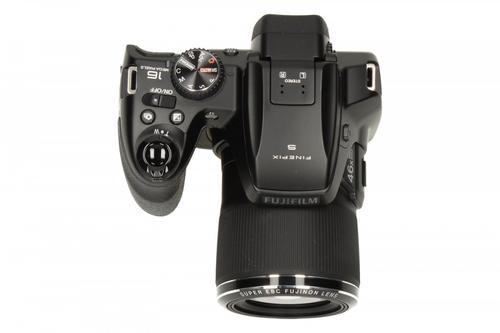 FujiFilm S8500