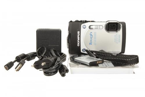Olympus TG-850 white