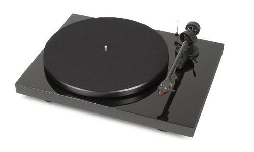 Pro-Ject Debut Carbon (2M-RED)