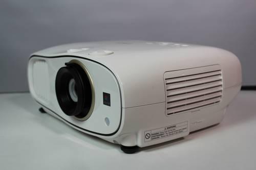 Recenzja Epson EH-TW6700 10
