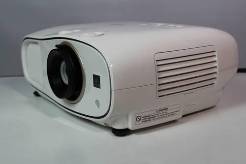 Recenzja Epson EH-TW6700 11