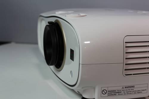 Recenzja Epson EH-TW6700 17